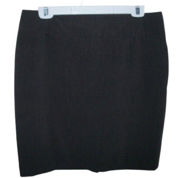 Les ailles de la mode Gray Skirt Size 13